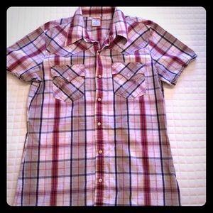 Men's True Religion collard shirt w/snap buttons